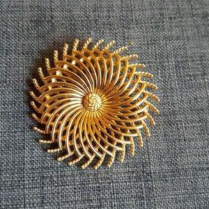 Trifari Vintage Circular Gold Brooch